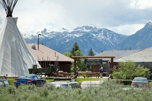 Dornan's Resort - Grand Teton National Park