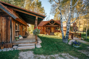 Moose Creek Ranch & Cabins